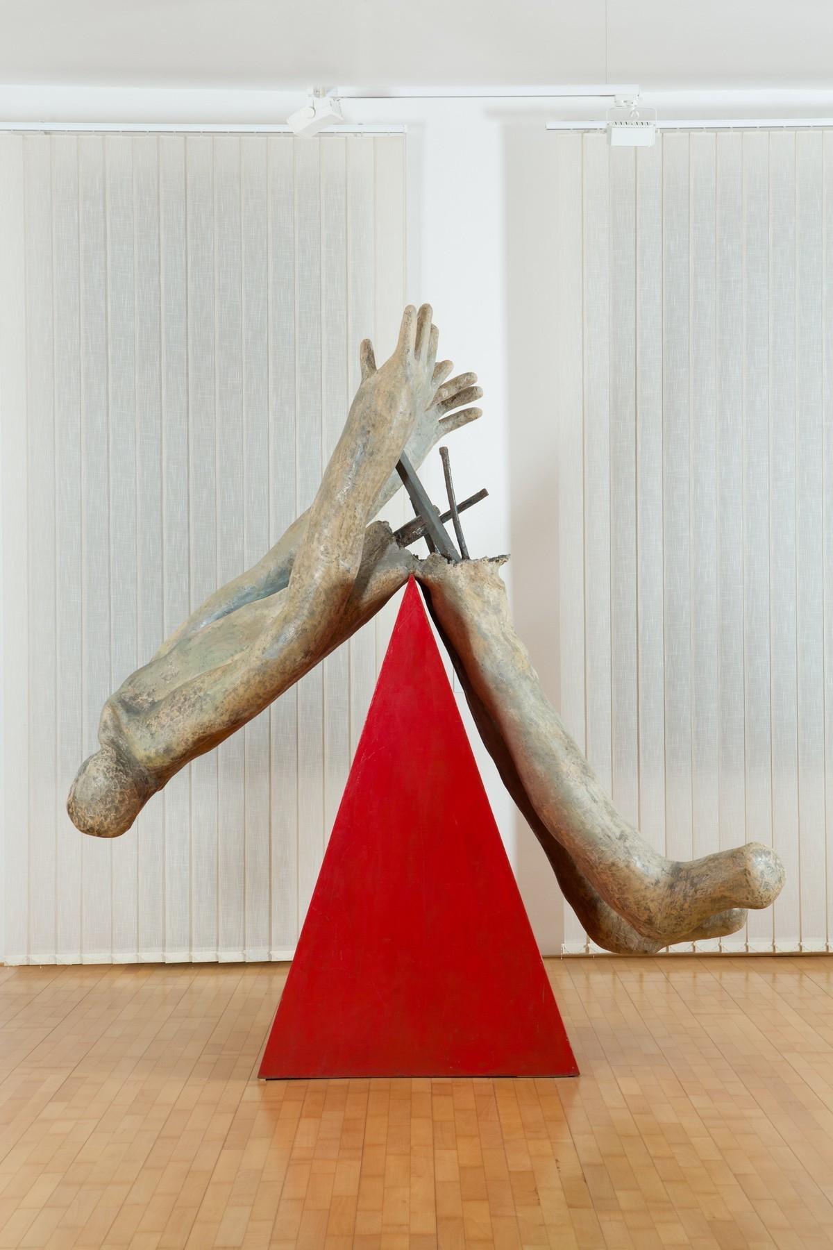 Jozef Jankovič, Červený klin. 1990. Oravská galéria v Dolnom Kubíne